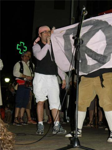 Ball del Serrallonga per la Festa del Local, 2012.